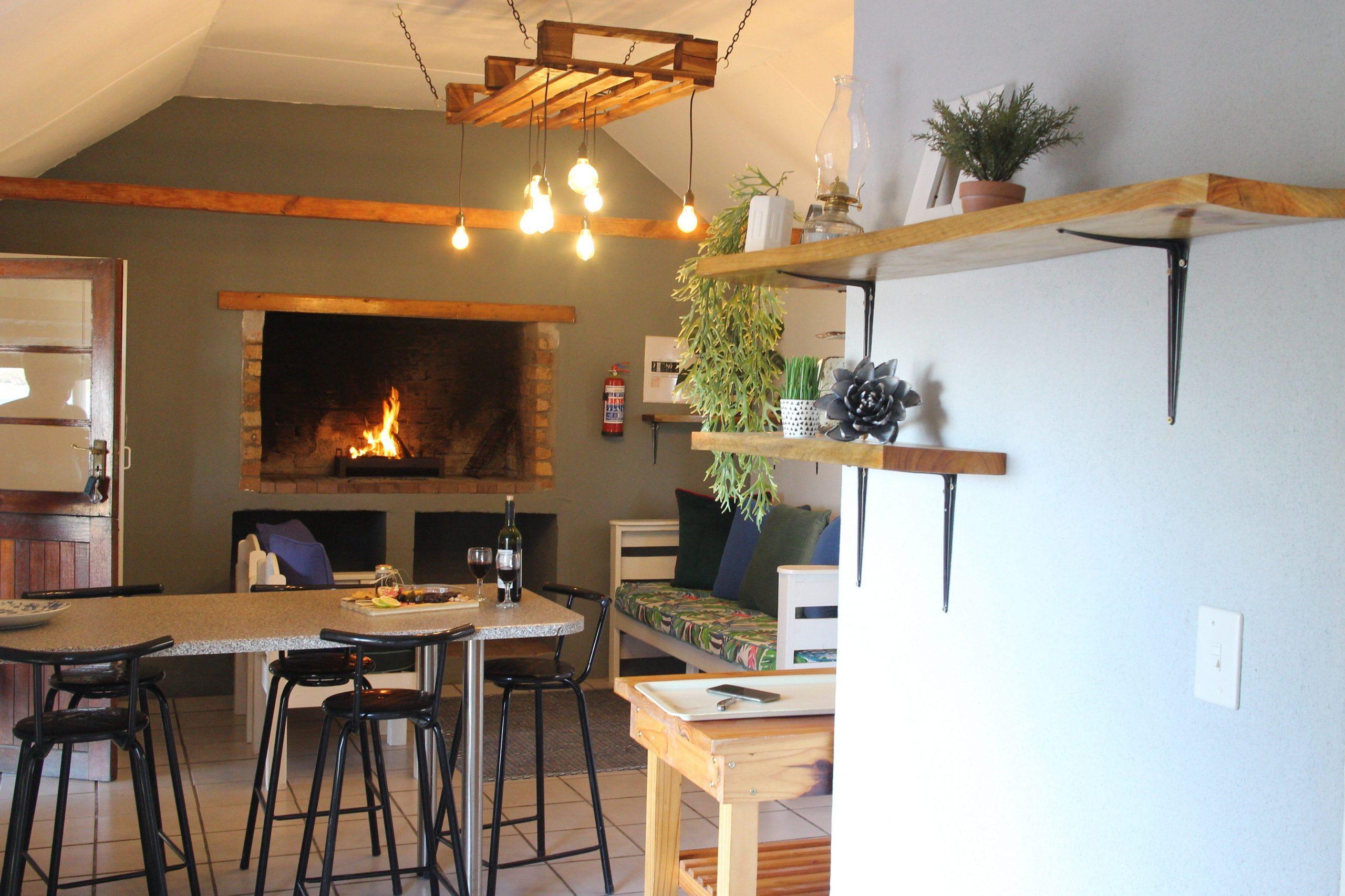 Kuifkopvisvanger - Lepelaar Cottage, self catering accommodation on the Berg River, Velddrif, West Coast 1